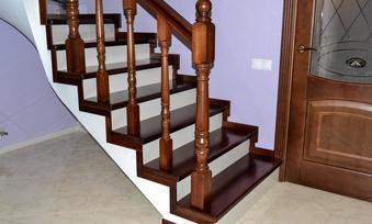 Облицовка бетонных и металлических лестниц